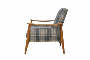 Epipla Gousdovas plaid armchair renovation